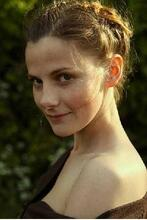 Poster zu Louise Brealey