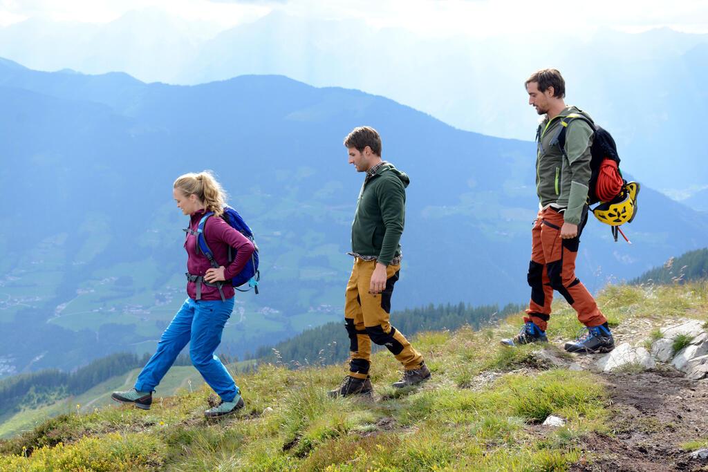 Team Alpin: Stromabwärts