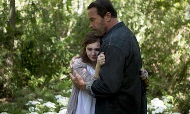 Maggie mit Arnold Schwarzenegger und Abigail Breslin - Bild 2