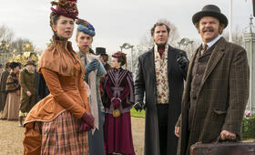 Holmes und Watson mit Will Ferrell, John C. Reilly, Rebecca Hall und Lauren Lapkus - Bild 8