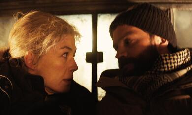 A Private War mit Rosamund Pike und Jamie Dornan - Bild 5