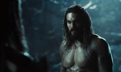 Zack Snyder's Justice League mit Jason Momoa - Bild 8