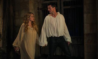 A Discovery of Witches, A Discovery of Witches - Staffel 2 mit Teresa Palmer und Matthew Goode - Bild 11