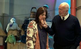 Kidding, Kidding - Staffel 1 mit Catherine Keener und Frank Langella - Bild 6