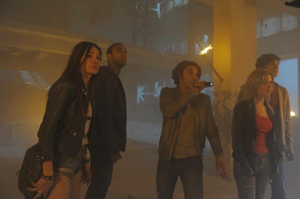 In der Hölle mit Mirela Burke, Chris Schellenger, Katy Reece und Austin Scott