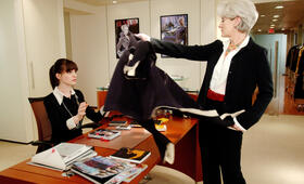 Anne Hathaway in Der Teufel trägt Prada - Bild 79