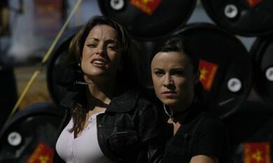 Far Cry mit Natalia Avelon und Emmanuelle Vaugier - Bild 1