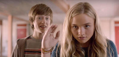 Natalie Alyn Lind und Percy Hynes White in The Gifted
