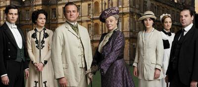 Das ist nur ein Bruchteil des Casts von Downton Abbey