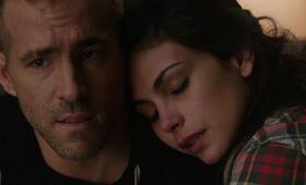 Deadpool mit Ryan Reynolds und Morena Baccarin - Bild 22