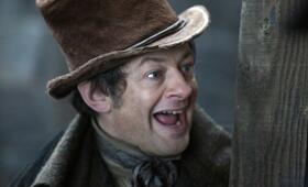 Andy Serkis in Burke and Hare - Bild 35