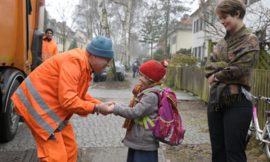 Die Drei von der Müllabfuhr - Dörte muss weg mit Uwe Ochsenknecht und Laura Louisa Garde - Bild 4