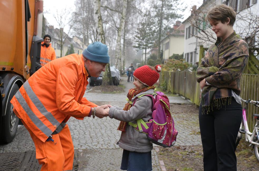 Die Drei von der Müllabfuhr - Dörte muss weg mit Uwe Ochsenknecht und Laura Louisa Garde