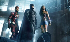 Justice League mit Ben Affleck, Ezra Miller und Gal Gadot - Bild 37