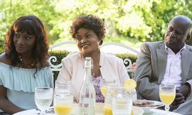 Monsieur Claude und seine Töchter 2  mit Pascal N'Zonzi, Salimata Kamate und Tatiana Rojo - Bild 8