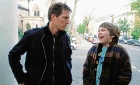 About a Boy oder: Der Tag der toten Ente mit Hugh Grant und Nicholas Hoult - Bild 4