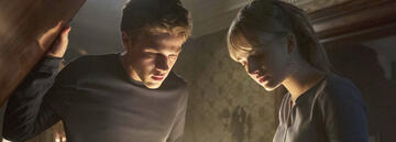 Locke & Key - Connor Jessup und Emilia Jones