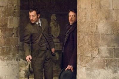 Robert Downey Jr. und Jude Law in Sherlock Holmes