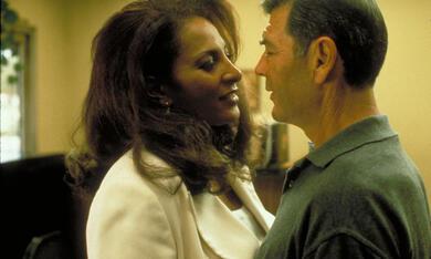 Jackie Brown mit Pam Grier und Robert Forster - Bild 2