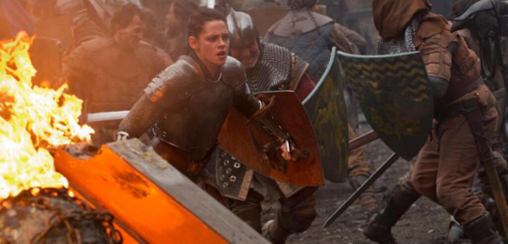 Kristen Stewart zeigt sich in Snow White and the Huntsman martialisch