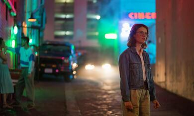 Black Mirror Staffel 3, Black Mirror mit Mackenzie Davis - Bild 9
