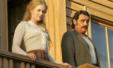 Deadwood mit Ian McShane und Paula Malcomson - Bild 10