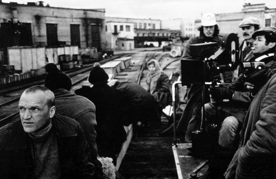 Stalker mit Andrei Tarkowski und Aleksandr Kajdanovsky - Bild 7 von 11