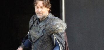 Bild zu:  Russell Crowe als Vater des Man of Steel