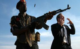 Lord of War - Händler des Todes mit Nicolas Cage und Eamonn Walker - Bild 15