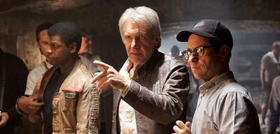 Ford und Abrams am Set von Star Wars