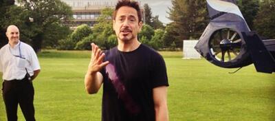 Robert Downey Jr. am Set von Avengers 2