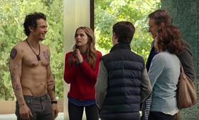 Why Him? mit Bryan Cranston, James Franco, Zoey Deutch, Megan Mullally und Griffin Gluck - Bild 54