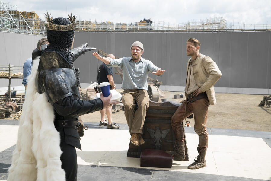 King Arthur mit Charlie Hunnam