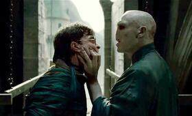 Harry Potter und die Heiligtümer des Todes 2 mit Ralph Fiennes und Daniel Radcliffe - Bild 55