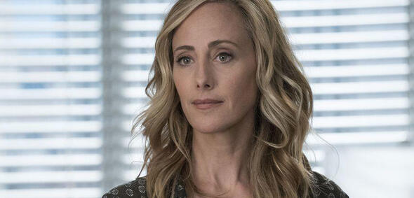 Kim Raver als Teddy Altman in Staffel 14 von Grey's Anatomy