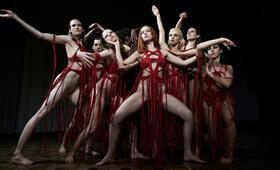Suspiria mit Dakota Johnson und Mia Goth - Bild 7