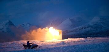 Bild zu:  Jomar brennt sein Haus ab