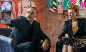 Tatort: Gott ist auch nur ein Mensch mit Aleksandar Jovanovic und Gertie Honeck - Bild 5