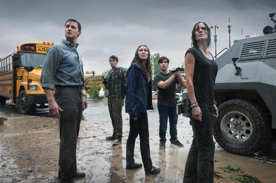 Storm Hunters mit Richard Armitage, Sarah Wayne Callies und Jeremy Sumpter