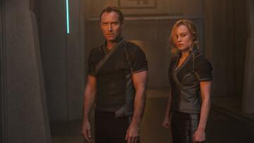 Jude Law hat es mittlerweile ins MCU geschafft: Hier zu sehen neben Brie Larson in Captain Marvel