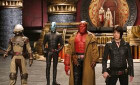 Hellboy II - Die goldene Armee mit Ron Perlman, Seth MacFarlane und Selma Blair - Bild 10