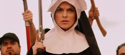 Ob der Killer auf Lindsay Lohan auch in diesem Aufzug abfährt?