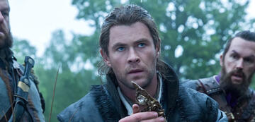 Chris Hemsworth in The Huntsman & The Ice Queen