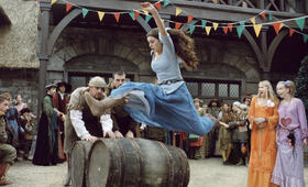Anne Hathaway inElla - Verflixt & zauberhaft - Bild 136