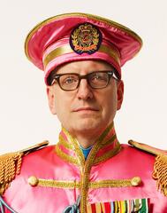 Kein(?) Diktator mit Fantasie-Uniform