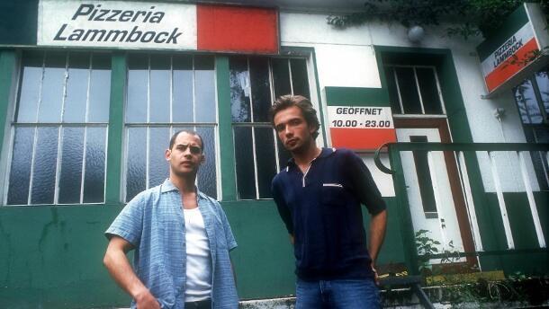 Lammbock - Alles in Handarbeit mit Moritz Bleibtreu und Lukas Gregorowicz