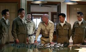 Air Strike mit Bruce Willis, Nicholas Tse, Ye Liu und Seung-heon Song - Bild 14