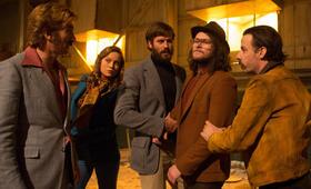 Free Fire mit Brie Larson, Sharlto Copley, Armie Hammer, Noah Taylor und Jack Reynor - Bild 33