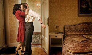 Max Manus mit Aksel Hennie und Agnes Kittelsen - Bild 3