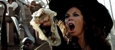 Anna Friel als Piratin im Nimmerland